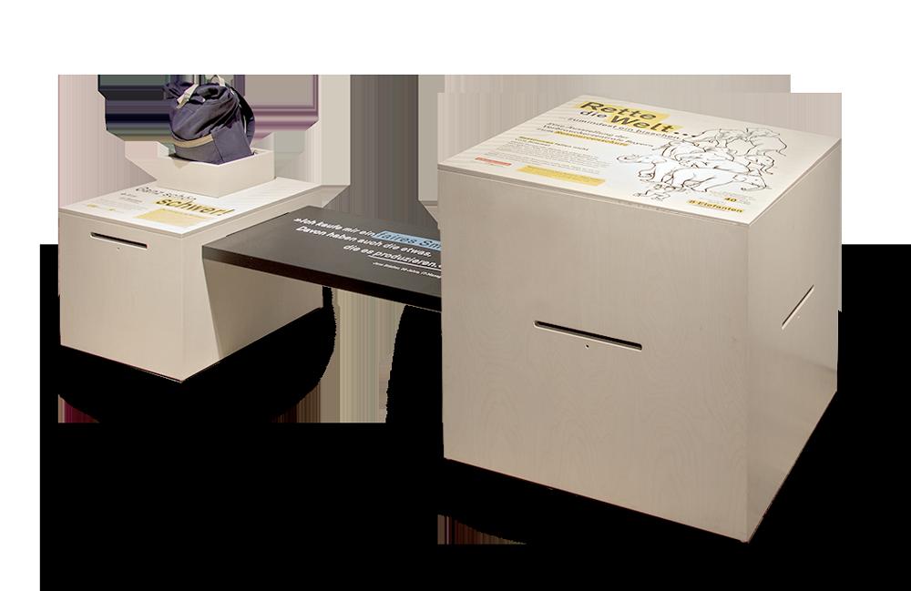 Einzelaufnahme der Kisten »Ökologischer Rucksack« und der »Einführungs«-Kiste